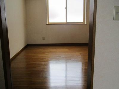 弘前 アパート 富田2丁目 居室