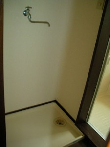 弘前市 アパート 茂森新町 スカイハイツ203洗濯置場
