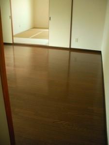 弘前市 アパート 茂森新町 スカイハイツ203洋室と和室