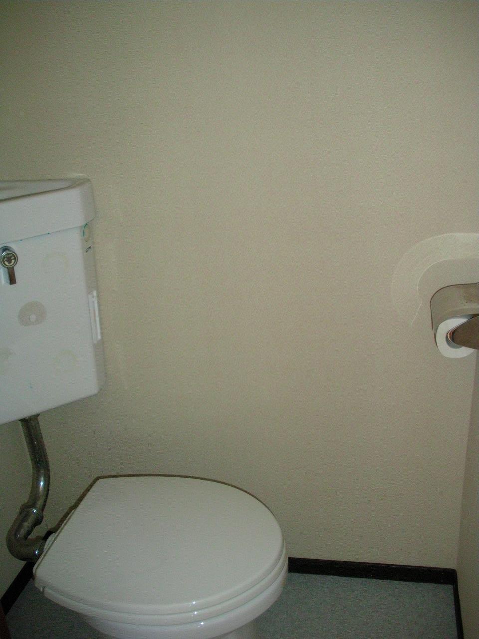 弘前 アパート 樹木1 トイレ
