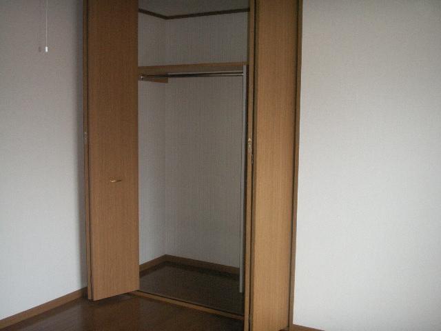 弘前 アパート 富田2丁目 収納
