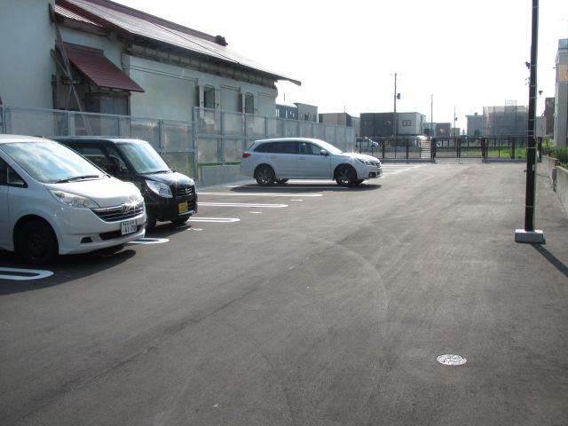 弘前 月極め駐車場 桔梗野4