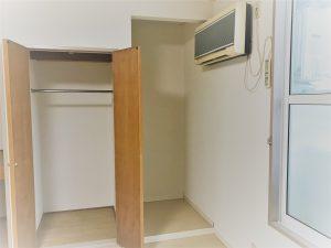 弘前市 アパート 富田1丁目 収納とエアコン