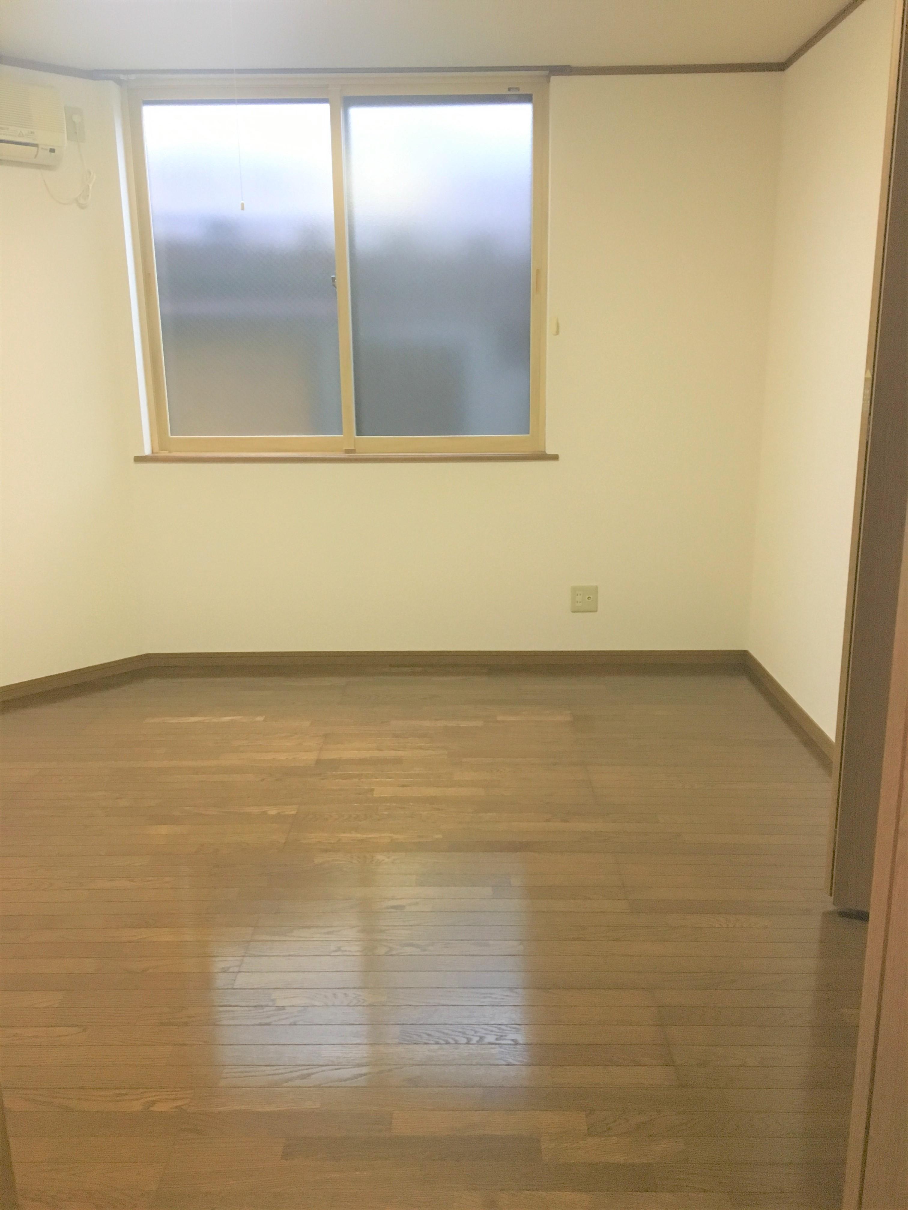 弘前 アパート 富田2丁目 洋室